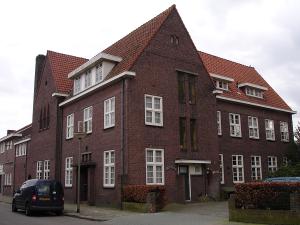 Vooraanzich van de Wonne in Almelo.